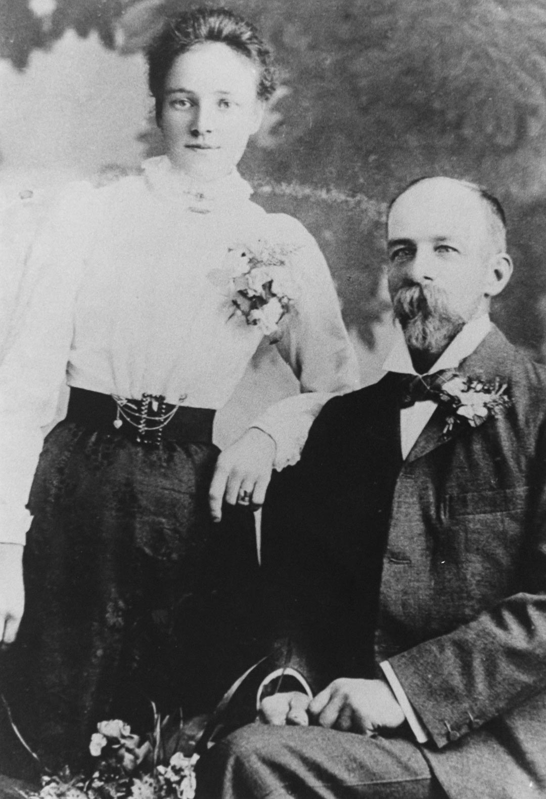 Blanche Draper (nee Hurrey), 1880 - 1968 and James Draper, 1863 - 1940; the author's grandparents.  Pictured during their engagement.  They were married in 1900.