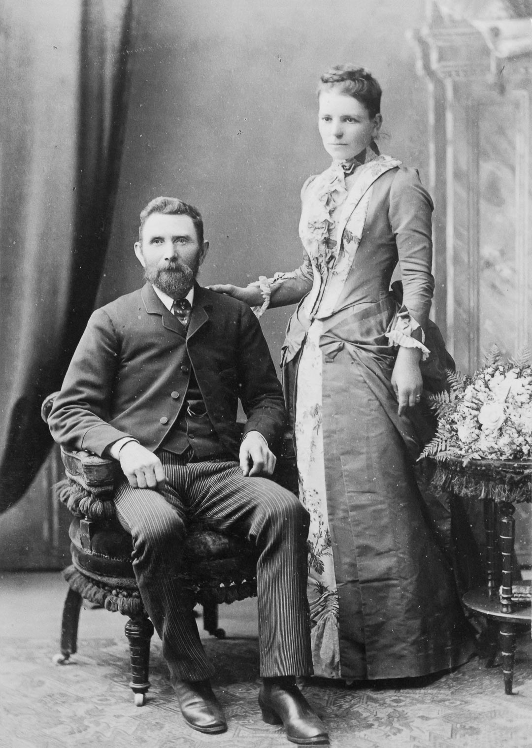 Emma Draper, 1858 - 1903. Daughter of Charles and Catherine Draper.  Pictured with her husband Thomas Underwood c 1890