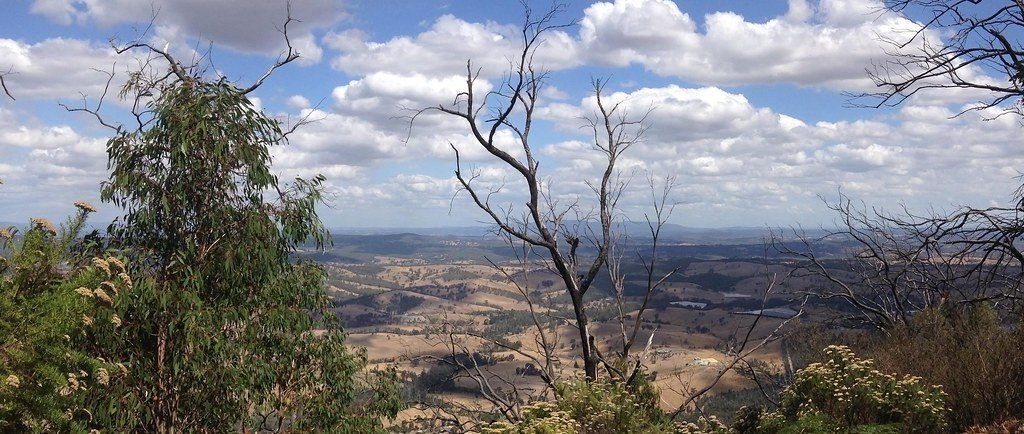 Mt Sugarloaf has views over Kinglake, the agricultural valleys of Arthurs Creek and Chads Creek, and the city of Melbourne