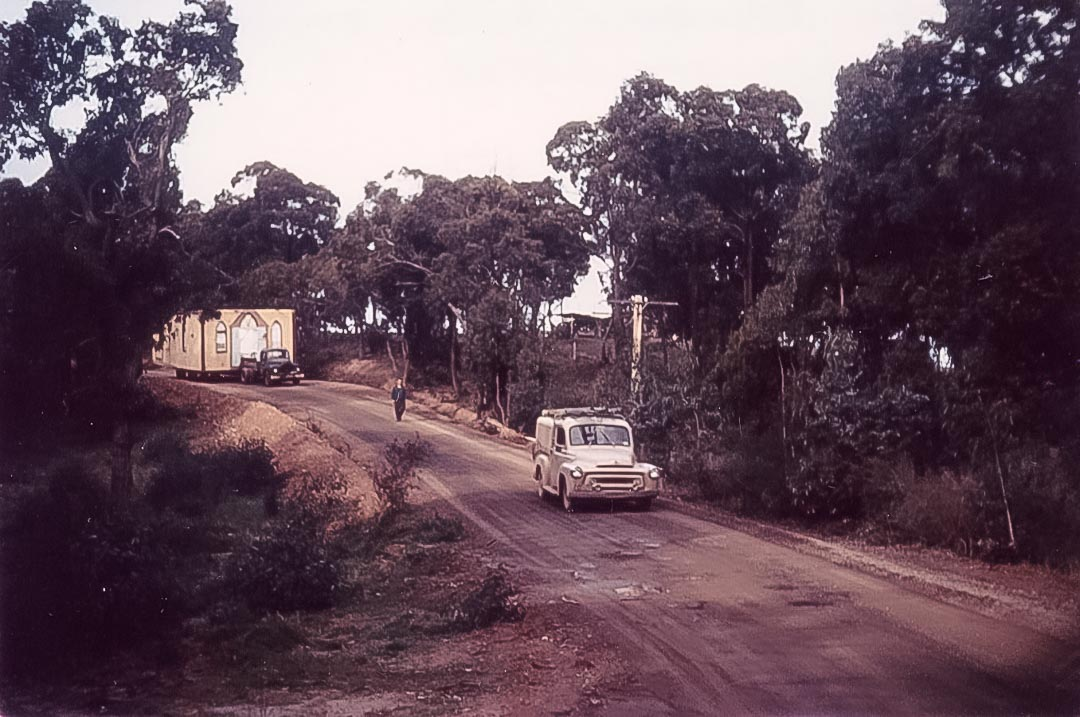 In the early 1960s the original 1871 Diamond Creek chapel was moved to Arthurs Creek, where it still serves as a Sunday school hall for the Uniting Church
