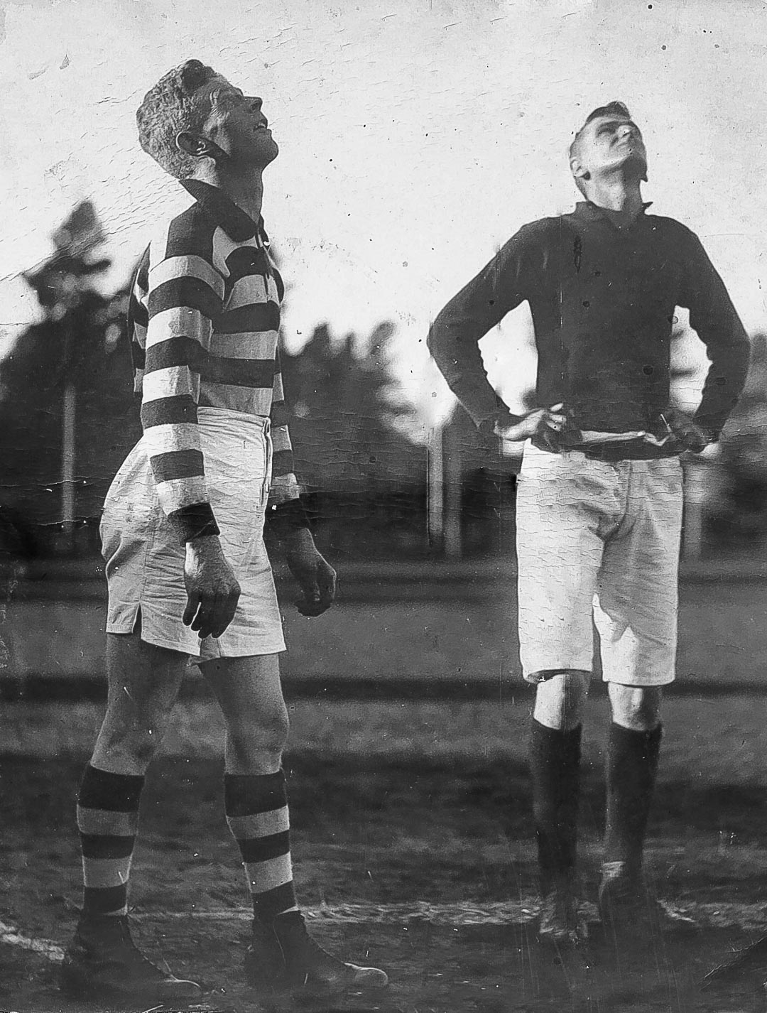 Arthurs Creek Football Club.  Captains tossing the coin at Kardinia Park, Geelong, V.F.A. 1924.  Cyril Cations on left