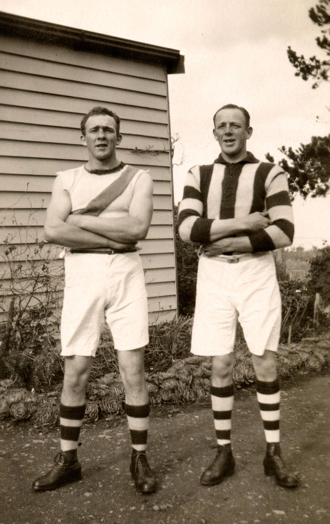 The author's father, James Chester Draper (1905 - 1998), pictured left, Arthurs Creek Football Club.  Chester and Tom Draper are in pre and post WW1 colours, 1924