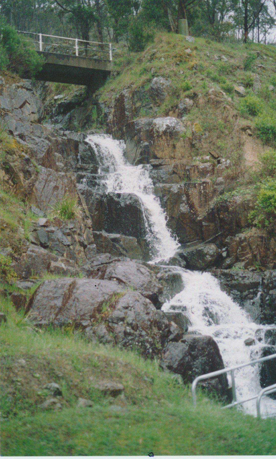 Cascade below overflow at Sugarloaf Reservoir.  Bruce G. Draper, 2003