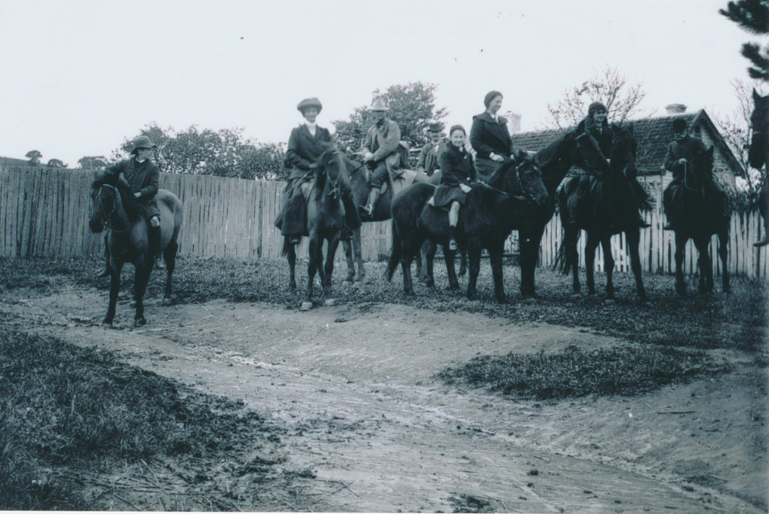 A riding party at 'Ardchattan' homestead
