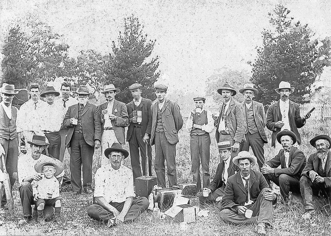 Arthurs Creek Cricket Club Picnic.  Rear: (2nd from left) Will Laidlay, (4th from left) Everard Bassett, (5th from left) Walter Thomas 'Laird of Mernda', (8th from left) Jack Jeffrey, (on right) Herman Graff.  Front: (3rd from left) Thomas Popple, (5th from left) Fred Bassett, (2nd from right) Ned Lobb