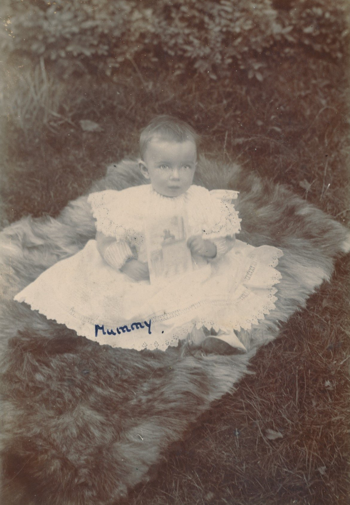 Victoria 'Kathleen' Smith (1897-1978), daughter of Fanny Catherine Draper (1866-1944) and William Henry Smith (1871-1939)