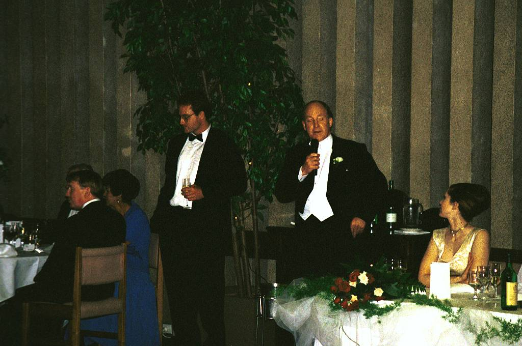 A member of the 127-year-old Naval and Military Club, which closed in 2009, he hosted his daughter's wedding reception there in 1996